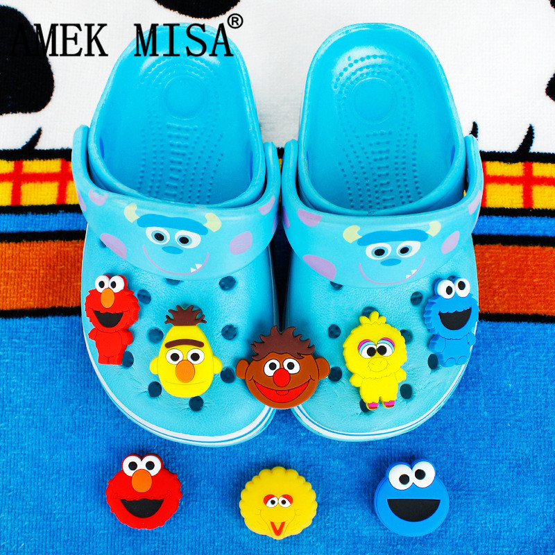 8Pcs/Set PVC Shoe Decorations Cartoon Sesame Street Garden Shoe Croc Charm ELMO Shoe Accessories For JIBZ/ Wristbands Kids Xmas