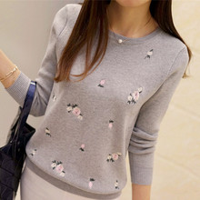Embroidery flower long sleeve knit sweater NA01