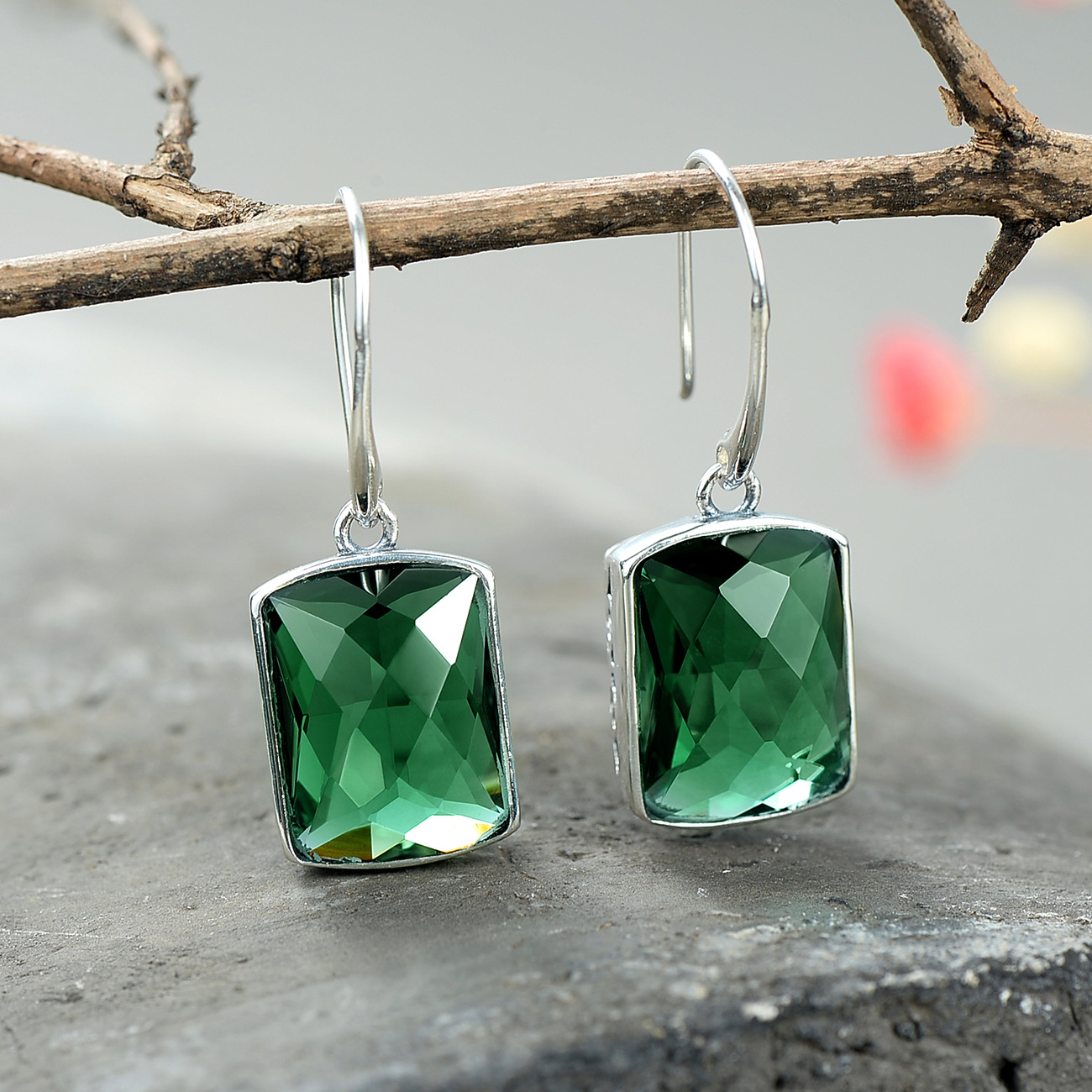 S925 silver inlaid female square cut face, Thai silver green crystal earrings silver jewelry earrings wholesale Earrings thai silver earrings s925 zircon silver inlaid white female antique style earrings atmospheric water