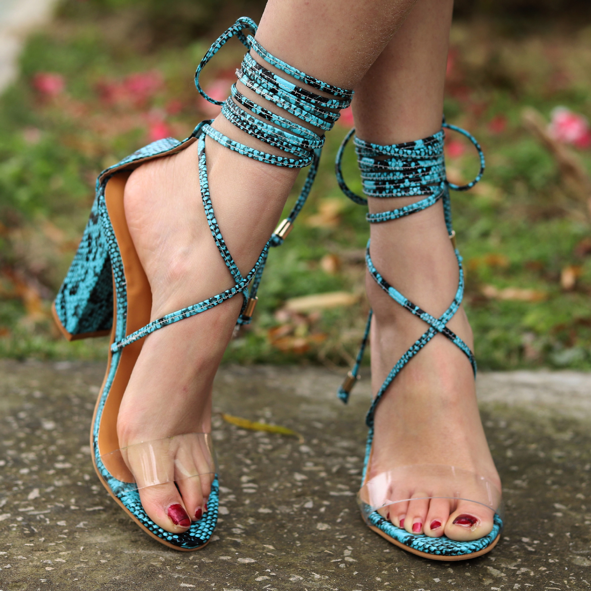 High-heeled straps with 2018 new large size European and American sandals womens shoes    strappy heels  clear heelsHigh-heeled straps with 2018 new large size European and American sandals womens shoes    strappy heels  clear heels