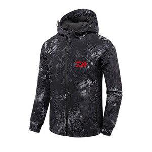 Image 1 - 2018 DAIWA Fishing Shirts Autumn Winter Warm Outdoor Fishing Jackets sport Fleece hooded Fishing Jacket