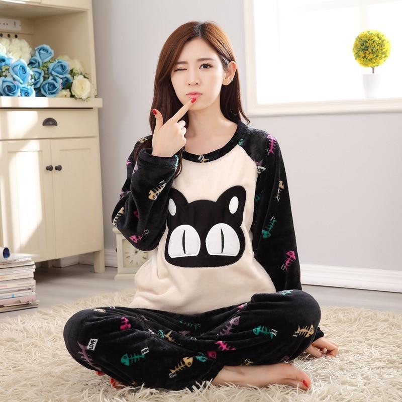 d51c5c791 Invierno ocasional de las mujeres de franela pijamas conjuntos cat fish de  dibujos animados cuello redondo de manga larga casa ropa de dormir camisón  ...