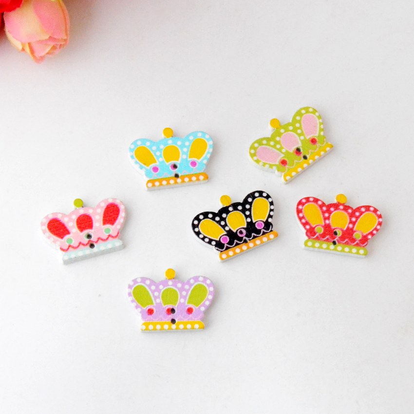 Free Shipping 100Pcs Random Mixed Lovely 2 Holes Cartoon Style Crown Wood Buttons Sewing Scrapbooking 25x18mm J2716