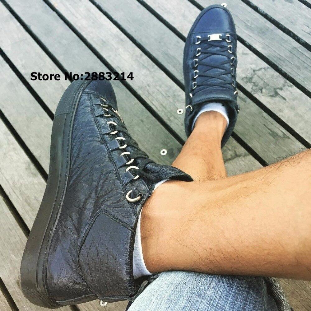 Hot Koop Hoge Top Mannen Leisure Lace Up Flats Schoenen Outdoor Leisure Mannelijke Sneakers Zwart Rood Wit Gerimpeld Leer Mode schoenen-in Casual schoenen voor Mannen van Schoenen op  Groep 1