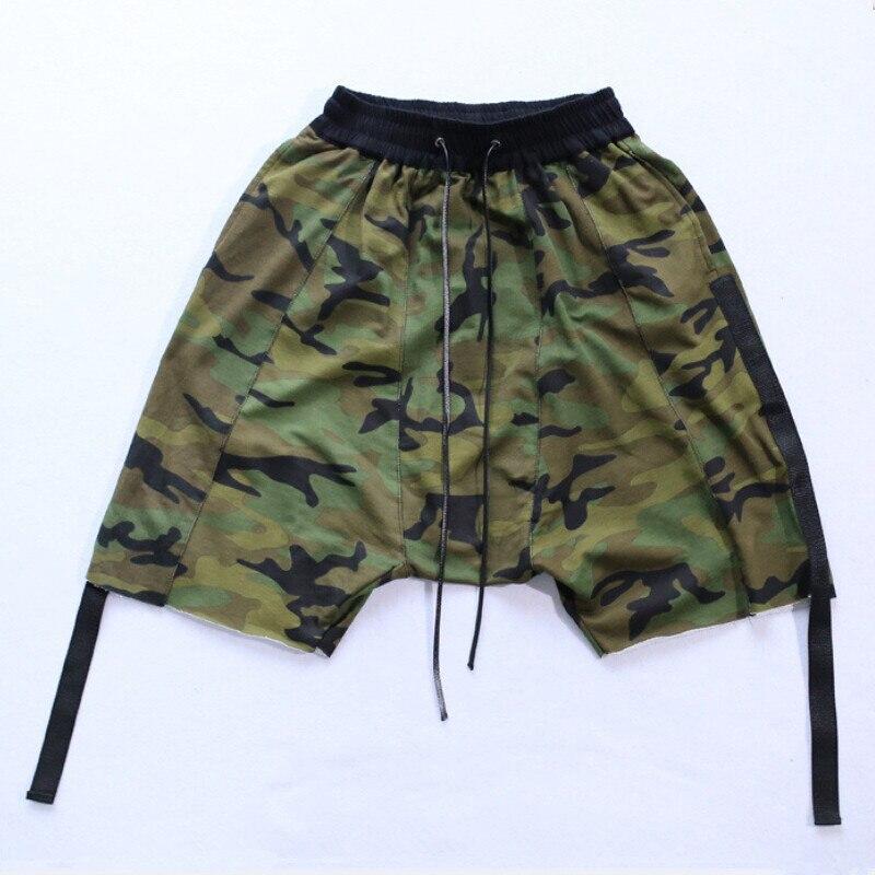 Heren Camouflage Korte Broek.Us 15 99 Mannen Camouflage Justin Bieber Hip Hop Harem Shorts Heren Hiphop Punk Camo Oversized Straat Korte Broek Side Linten Boardshorts In Mannen