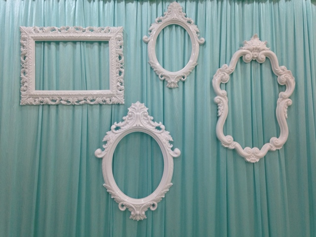 Wedding backdrops photobooth props  plastic frame wedding DIY backdrop decoration frame window display snap button jewelry