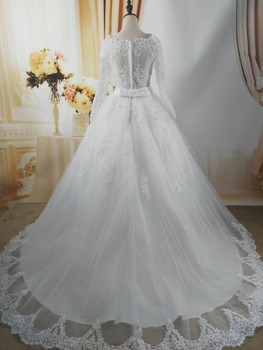 ZJ9131 2019 White Ivory Elegant Ball Gown Pearls Wedding Dresses for brides Lace sweetheart with lace edge Plus Size 4