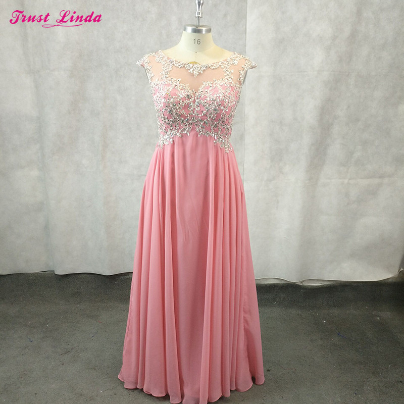 Sexy Lace Appliques Tops Long   Bridesmaid     Dresses   Floor Length Prom Gown for Wedding Party