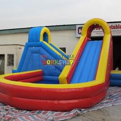 Fábrica de Guangzhou exporta grandes juguetes de parque acuático, los fabricantes personalizan una variedad de toboganes inflables