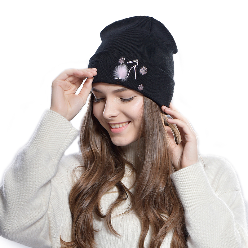 FURTALK Wool winter beanie hat zea mm1 round wool hat cap for women black
