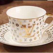 Европейский стиль питание костяного фарфора чашка мульти-стиль простой керамическая кофейная чашка блюдо с узором набор с ложкой
