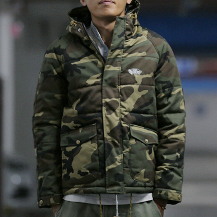 Japanese Harajuku camouflage font b jacket b font thick cotton couple of font b men b