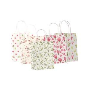 Image 3 - 50 יח\חבילה מתוק פרח מודפס קראפט נייר תיק פסטיבל מתנת שקיות נייר שקיות עם ידיות ילדי מתנת שקיות 18x15x8cm