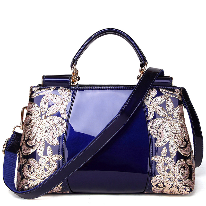 2018 new ladies luxury hand bags women bag famous designer high quality patent Fashion Totes Embroidery shoulder bag2018 new ladies luxury hand bags women bag famous designer high quality patent Fashion Totes Embroidery shoulder bag