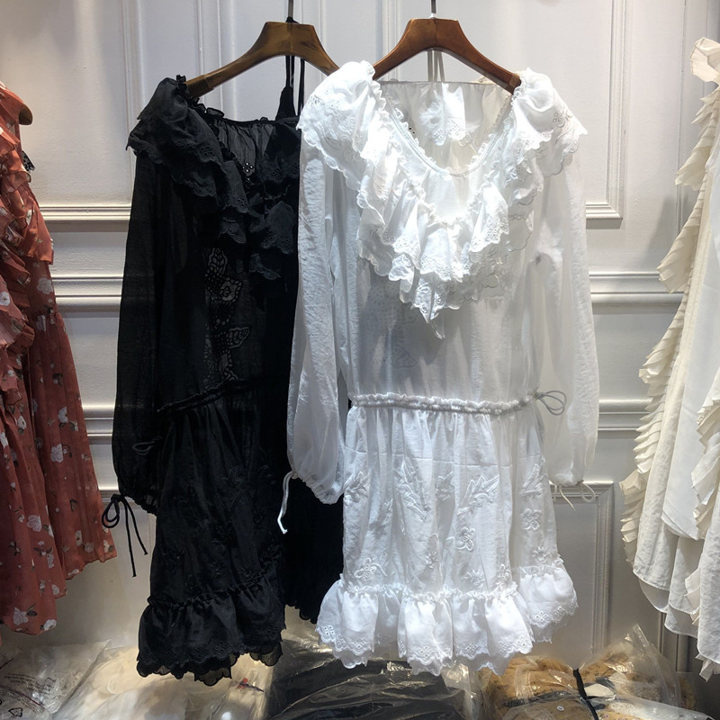 Femmes volants robe en soie 2019 été nouveau femmes soluble dans l'eau broderie dentelle cravate taille tempérament deux pièces robe