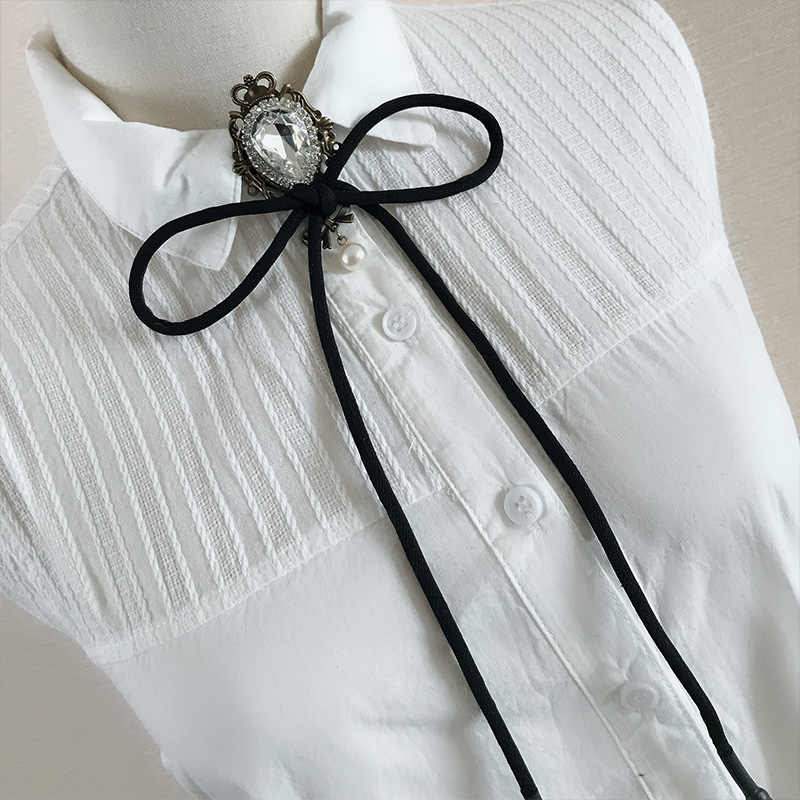 36840b54f506 ... British Women Shirt Ribbon Bolo Tie Bow Tie Cravat Personality Handmade  Men Wedding Suit Party Crystal ...