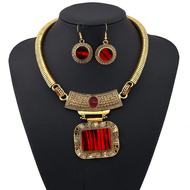 LUFANG 2018 Fashion Silver Color Bohemia Collier Big Statement Maxi  Necklace Punk Ethnic Red Power Choker 783a6fc5e0ab