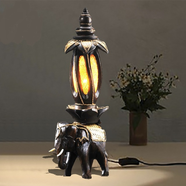 Creative Elephant Lamp Thailand Wooden Bedside Bar Retro Home Decoration  Entrance Southeast Asia Table Lamp Ya7318