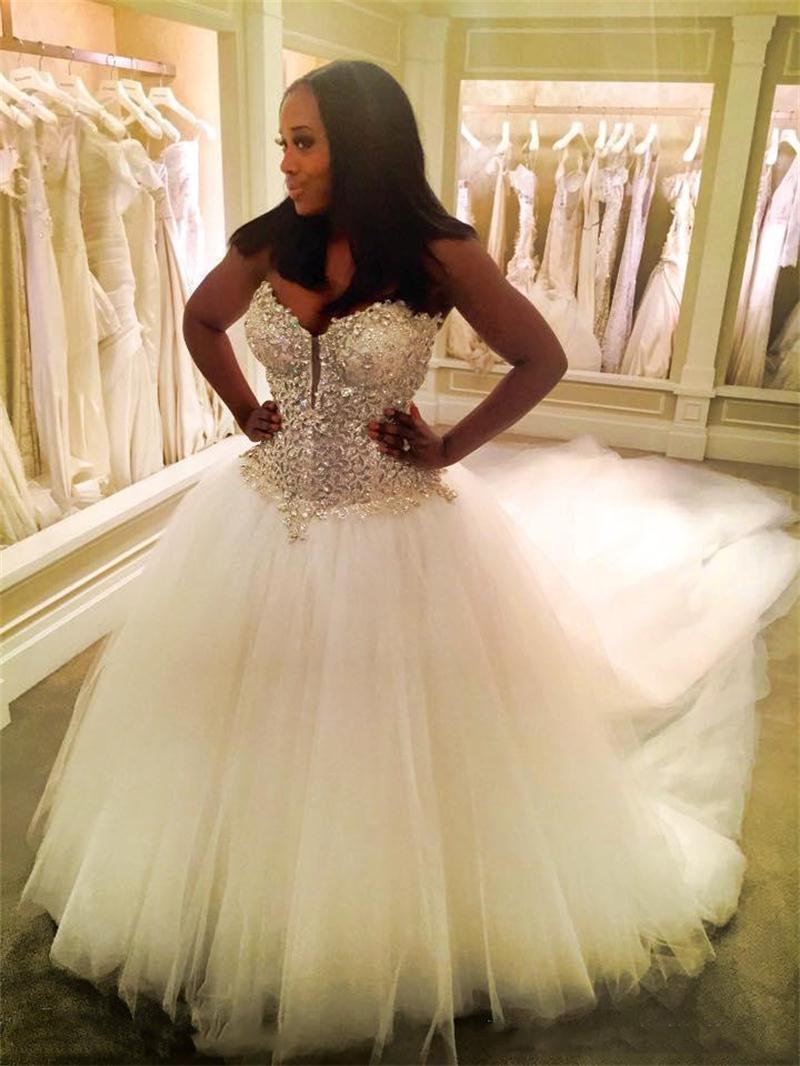 New Arrival Bling Bling Wedding Dress 2017 Sweetheart Neck Sleeveless Ball Gown Crystal Beaded Tulle Bride Dresses Mariage