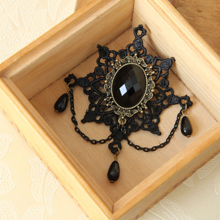 Resin Bead Simulated Pearl Snowflake Lace Brooch Gothic Black Color Pins And Brooches Vintage Accessories Hot Sale