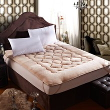 High-quality Flannel Mattress linens fitted sheets Polyester Fiber Mat Folding Bed Pad Sheet Tatami Seat Mat Protector Cover