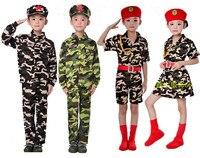 Estudiantes de la escuela primaria y secundaria de los trajes de camuflaje uniformes de camuflaje de los niños bailan la ropa uniformes militares