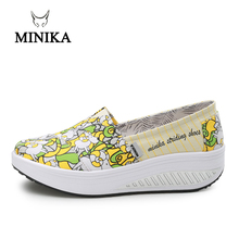 MINIKA Canvas Print Women Swing Shoes 2018 New Arrival Height Increasing Health Slip-On Comfort Toning