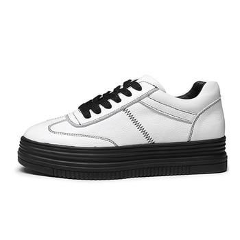 Nuevas zapatillas de deporte de Moda de Primavera de 2019, zapatos blancos de plataforma plana para mujer, zapatillas de marca de mujer, zapatos de