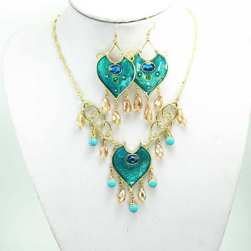 2019 New Aladdin  Cosplay resin Pendants Princess Jasmine  Necklace Women  Gifts(China)