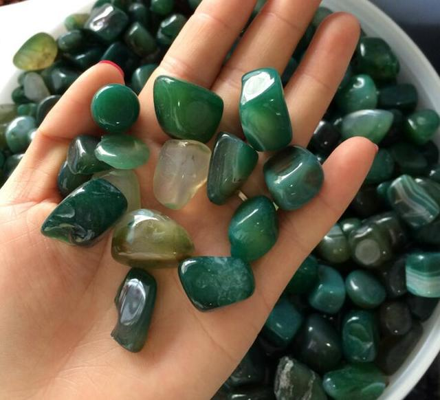 Aaa 200gnatural Green Agate Tumbled Stone Crystal Magnet Healing Feng Shui Reiki Free Pouch15mm 25mm