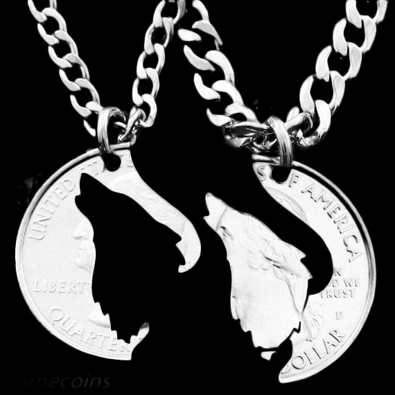 Half Dollar Necklace Howling Wolf Pendant Interlocking Friendship Necklace ,Couple Coin Colar Jewelry Quarter Chorker Necklace