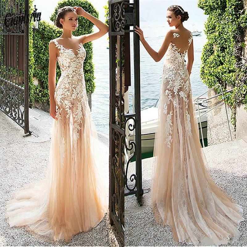 Gorgeous Champagne Bohemian Country Wedding Dresses V-Neck See Through Back Appliques Lace Sleeveless Long Custom Made Wedding D