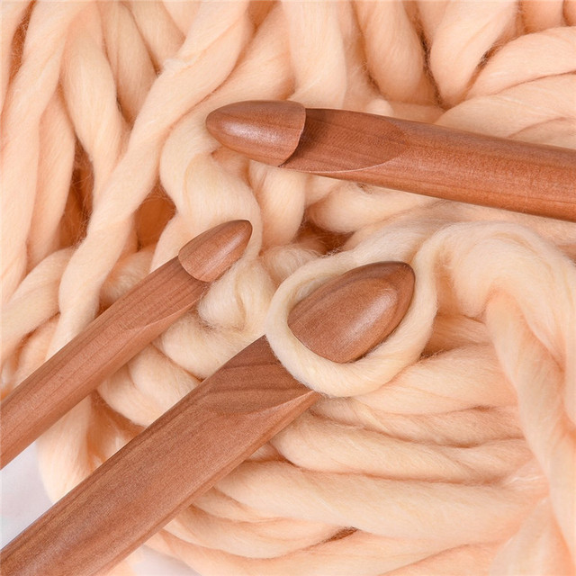 KOKNIT 15Pcs Size 3.0-25mm Wooden Bamboo Crochet Hooks Set Bamboo Knitting Needles Pins for Thick Yarn DIY Sewing Tools 10