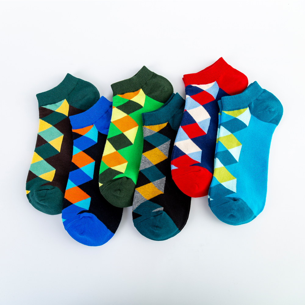Jhouson Fashion Classic Diamond Lattice Geometry Printed Funny Socks Men's Cotton Ankle Socks Novelty Summer Casual Summer Socks