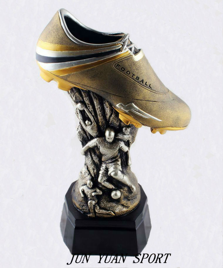 Official European Golden Shoe Cristiano Ronaldo Soulier D ...