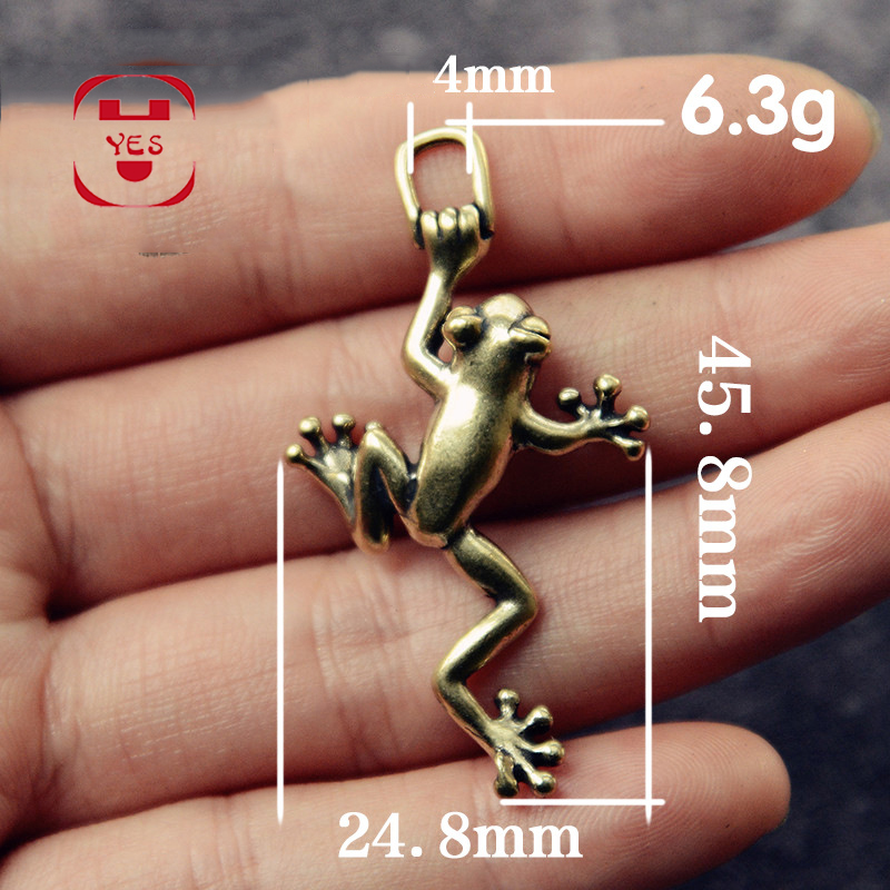 1/2PC Mini Cute Brass Little Lucky Frog Pure Copper Statue Pendant Keychain Hooks Pocket Figurines Home Office Desk Decoration