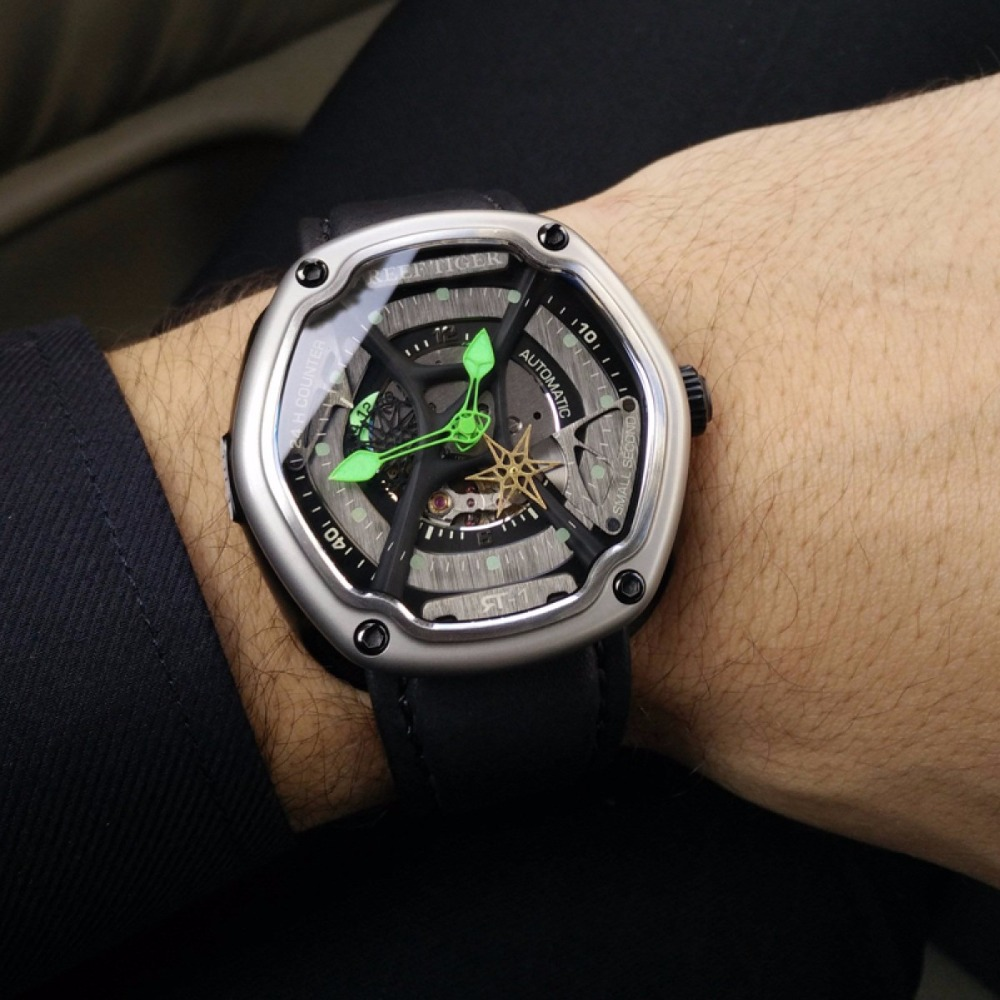 Reef Tiger/RT Mens Luxury Dive Watches Super Luminous Nylon Strap Automatic Military Watches Designer Sport Watches RGA90S7 機械 式 腕時計 スケルトン