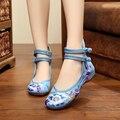 Новый летний дизайн Красивые цветы мода вышивка повседневная женщины квартиры обувь удобная подошва Старинные обувь для женщин