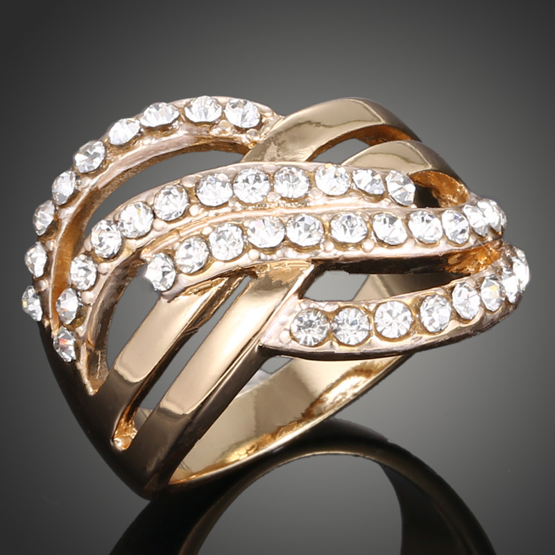 New 2018 Europe and America Jewelry Retro Fashion pure Gold color Rhinestone Rings Wedding Ring for women Free Shipping J00146