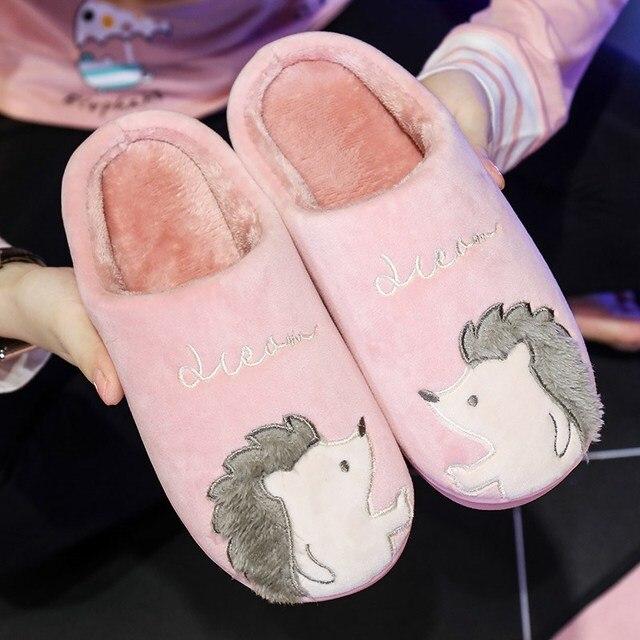 Женские тапочки; зимние домашние тапочки с мехом и изображением Ежика; женская обувь из плюша для улицы; женская обувь для пары; zapatillas mujer