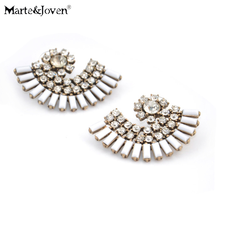 Marte&Joven Wholesale Statement Boho Jewelry Vintage White Acrylic Sector Shaped Stud Earrings for Women