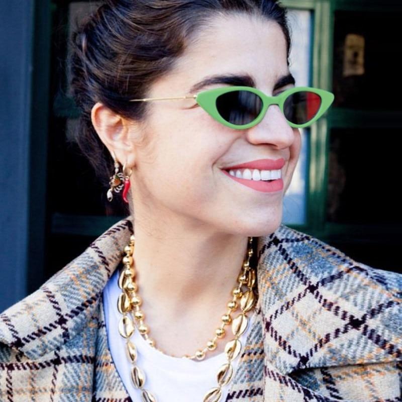 2018 Nouveau Unique Frais Petit Cat Eye lunettes de Soleil Femmes Classique marque Designer Ovale En Métal Cadre Lunettes de Soleil Pour Femme Homme nuances