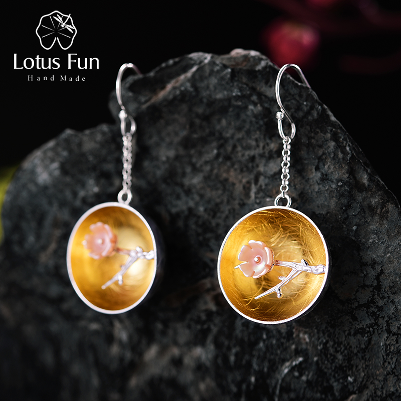 Lotus Fun Real 925 Sterling Silver Natural Shell Handmade Fine Jewelry Het aroma van Wintersweet Dangle Earrings voor dames Brinco