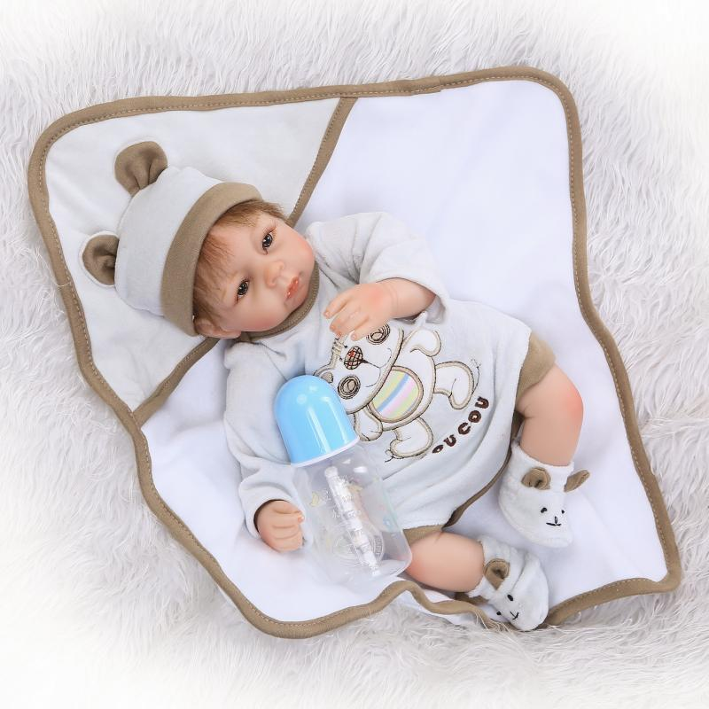 New 42cm Soft Body Silicone Reborn Baby Doll Toy For Girls Vinyl Newborn Girl Babies Dolls Kids Child Gift Girl BrinquedosNew 42cm Soft Body Silicone Reborn Baby Doll Toy For Girls Vinyl Newborn Girl Babies Dolls Kids Child Gift Girl Brinquedos