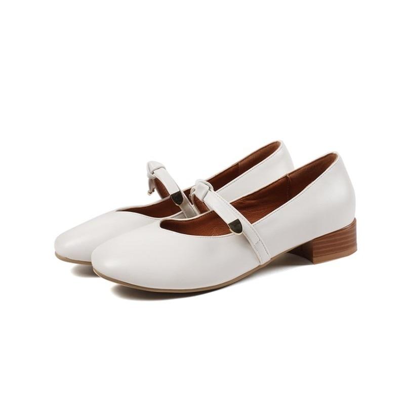 Carré Talon Slip white Med 2018 Chaussures Noir Beige Pu Pompes Nouveau Beige Sexy Blanc Automne Mode Printemps black Mary Toe Bureau Sur Casual Janes Femmes xSpzw0XqW
