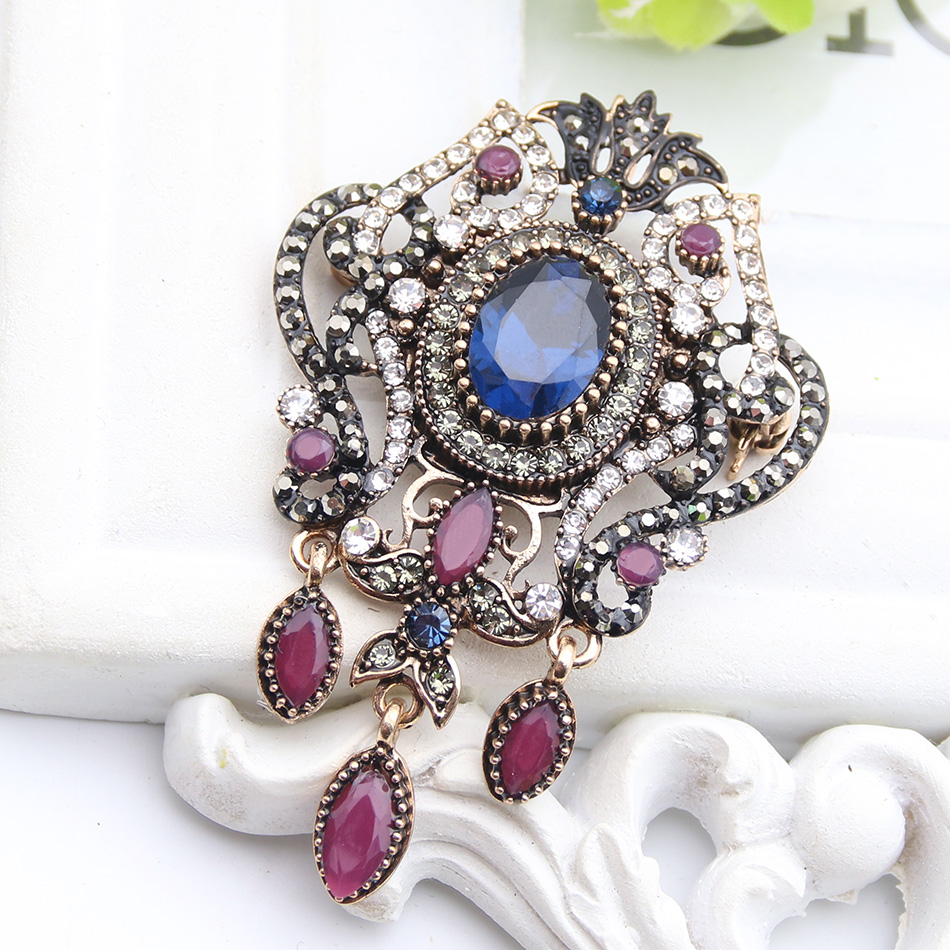 Detail Feedback Questions about New Turkish Resin Brooch Pins Flower Jewelry  For Women Hijab Pins Antique Gold Color Rhinestone Drop Pendant Brooches ... 0ac0980ec049