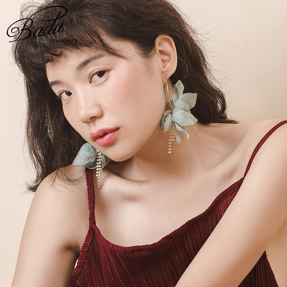 Badu Gold Copper Hoop Earring Green Yarn Flower Pendant Bohemian Earrings Big Statement Jewelry Gift for Girls Wholesale in Hoop Earrings from Jewelry Accessories