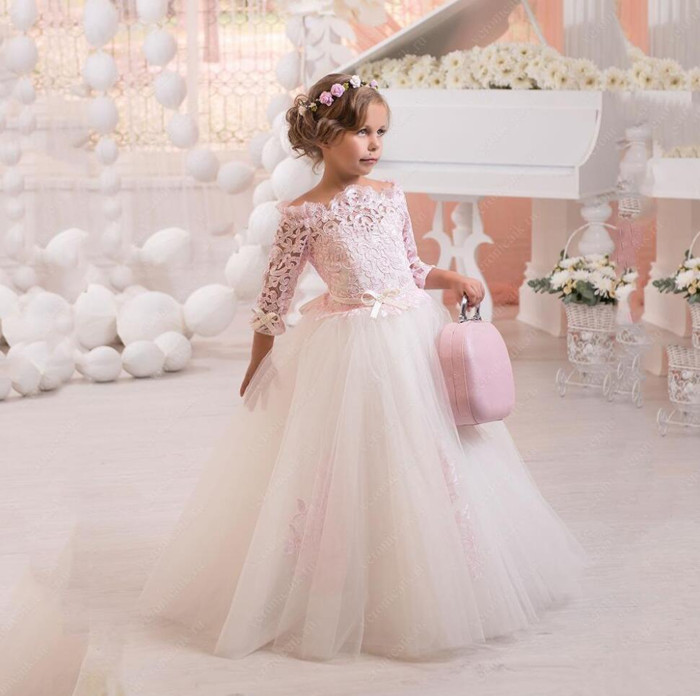 2018 Off The Shoulder Flower Girl Dress Pageant Children Pink Long Tulle Gowns For Party Weddings vestido daminhas trendy see through off the shoulder long sleeve lace blouse for women