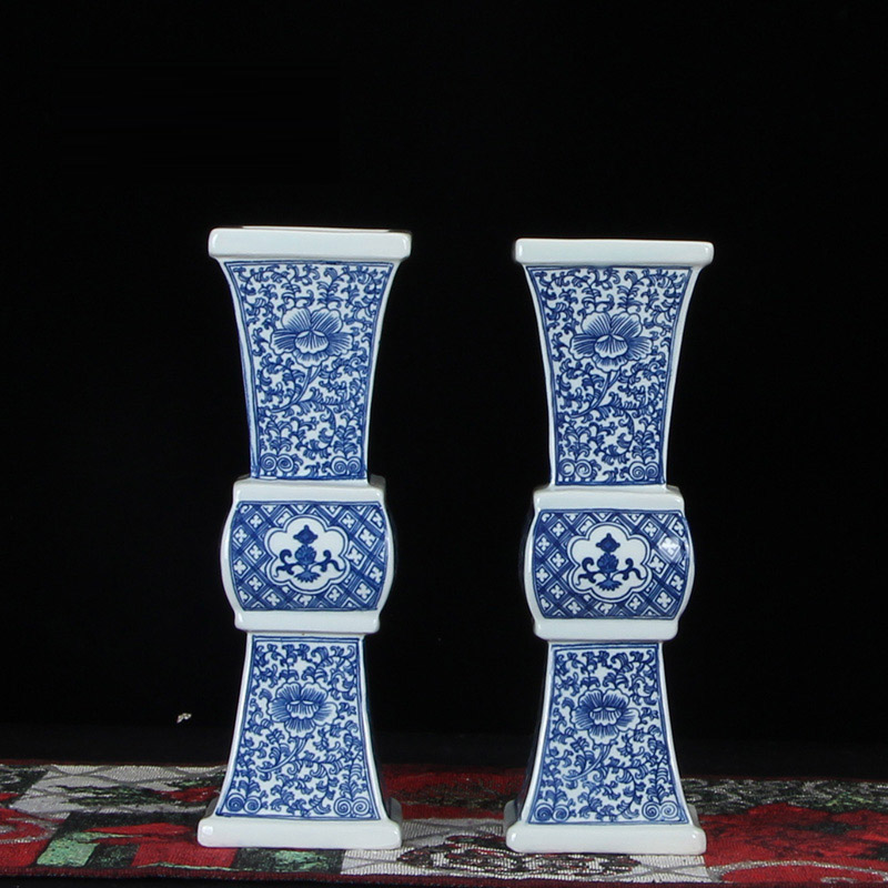 Antique Blue And White Porcelain Vase Decorative Flower Vase For Wedding Decoration Pot Jingdezhen Porcelain Vase Christmas GiftAntique Blue And White Porcelain Vase Decorative Flower Vase For Wedding Decoration Pot Jingdezhen Porcelain Vase Christmas Gift