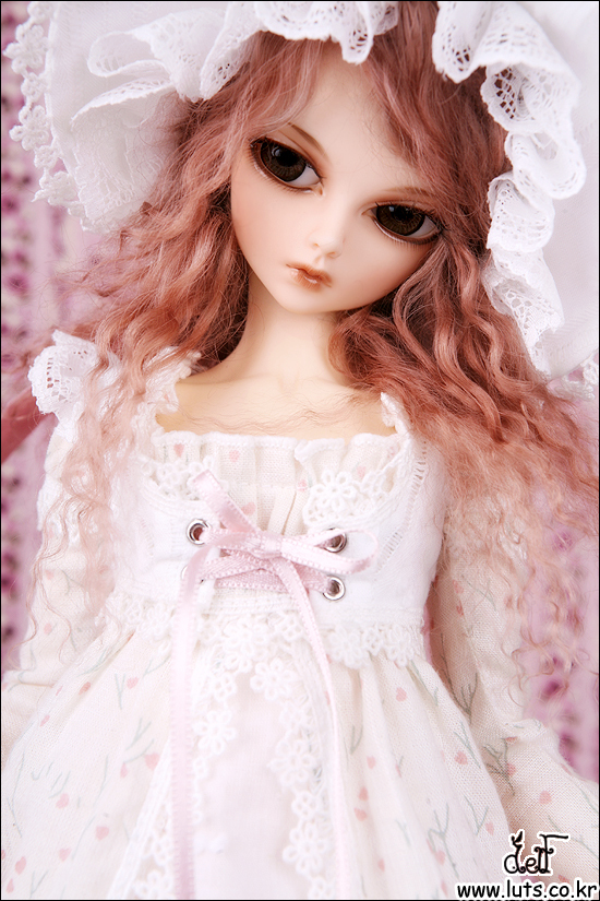 OUENEIFS fairyland minifee marcia bjd 1/4 body model baby girls boys dolls eyes High Quality toys resin oueneifs woosoo minifee fairyland bjd sd dolls 1 4 body model reborn girls boys dolls eyes high quality toys shop make up resin